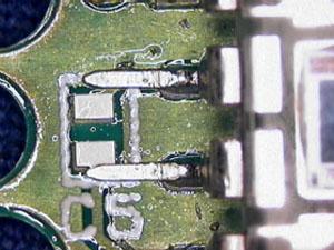 基板と端子の接合
