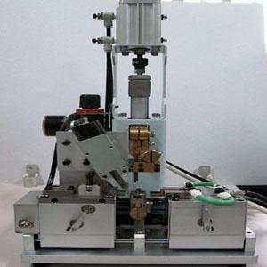 クロスバー溶接装置