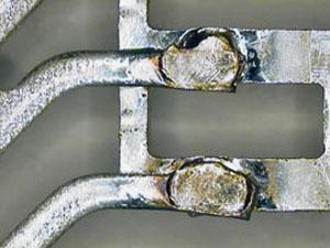 チリ、スパッタを抑え、溶接品質を常に一定に保ちます。